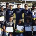 Jogadores do Corinthians e jovens da Aliança de Taipas