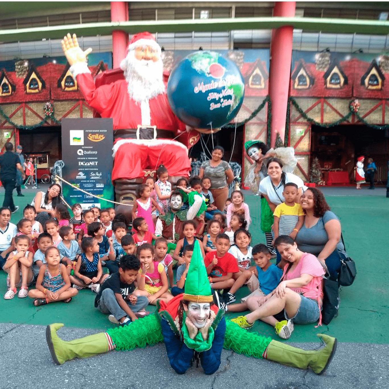 Crianças do Moinho na Vila de Natal