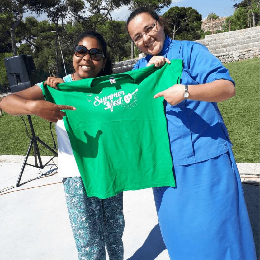 missionária da Aliança e outra Serva de Maria