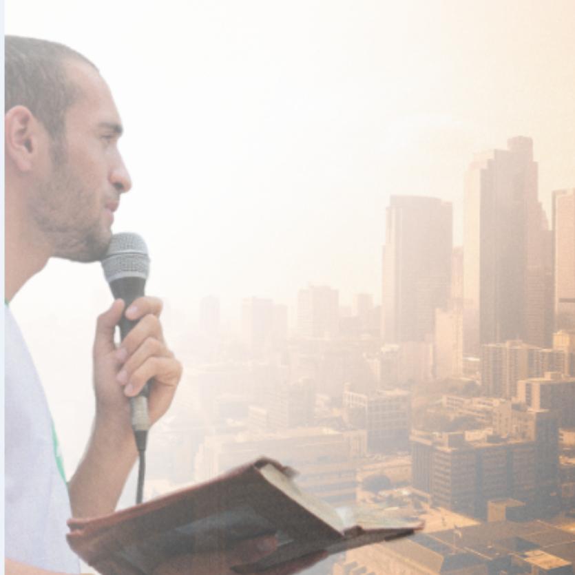 Missionário prega na cidade
