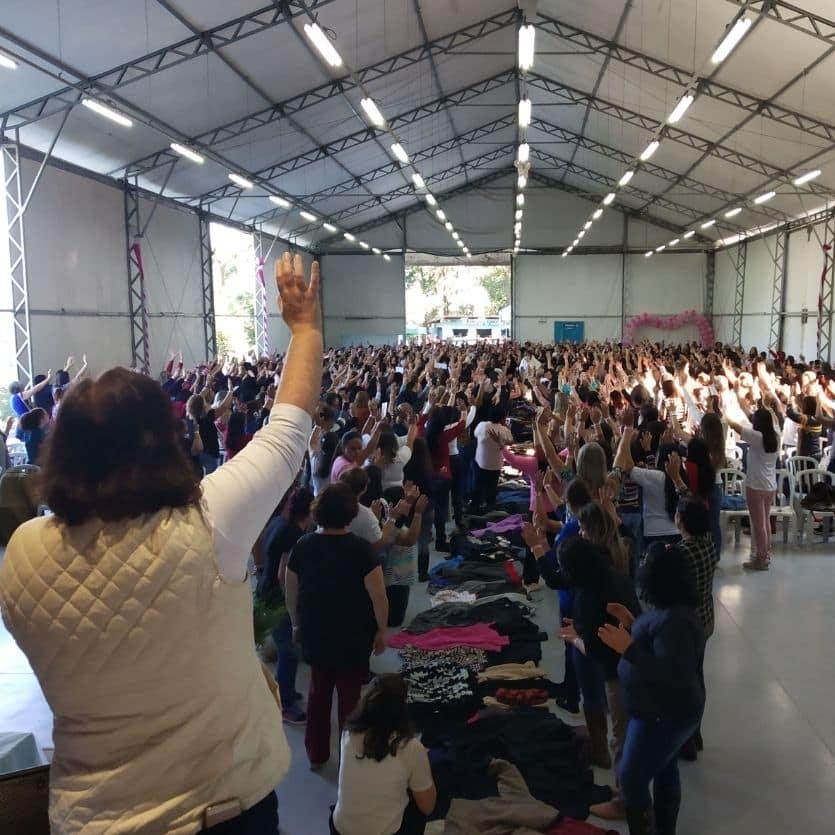 Domingo de Congresso das Mulheres.