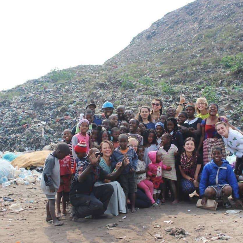 Crianças atendidas na Lixeira em Moçambique